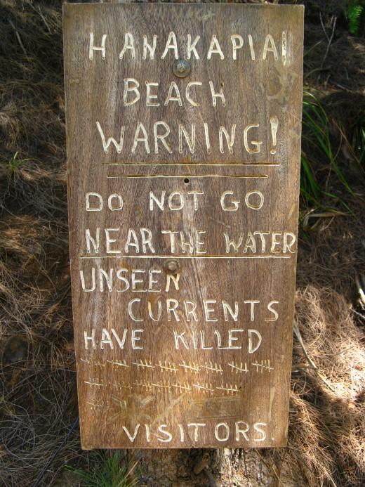 Hanakapia beach warning and number of drownings.