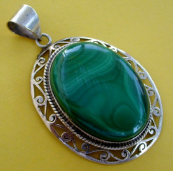 The Beautiful Green Hues of Malachite