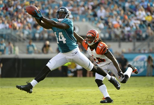 #14 Justin Blackmon Making a catch against the Bengals / September 30, 2012