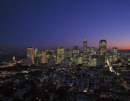 The San Francisco, California skyline at dusk. Bubblews is located somewhere here so the BBB you're filing your complaint to is the one in the San Francisco Bay Area and Northern Coastal California