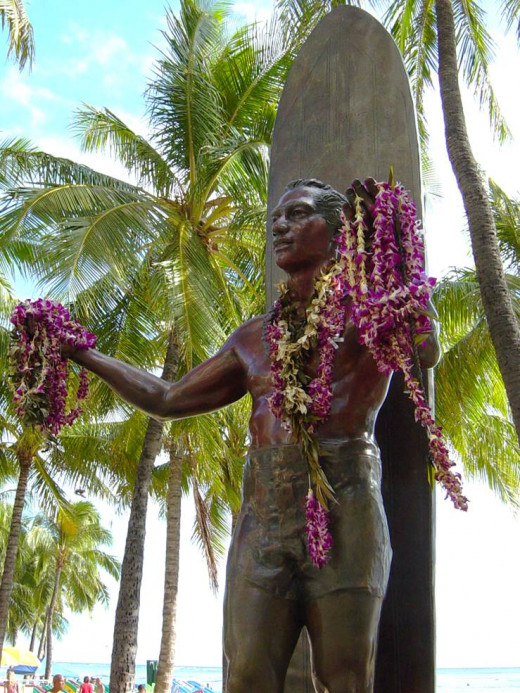 "Statue of Duke Kahanamoku, the ""Father of Modern Surfing"""