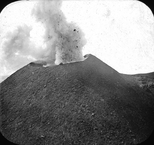 Vesuvius (erupting). before 1923. Brooklyn Museum