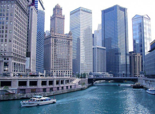 Downtown Chicago, Chicago River