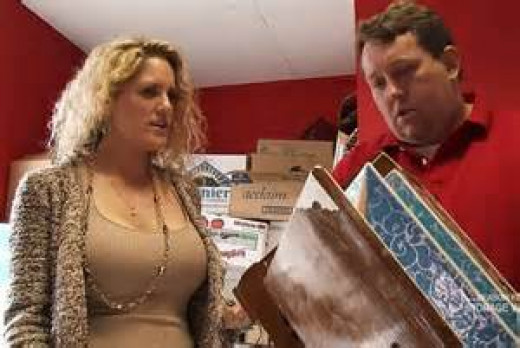 Renae and his wife Casey own The Bargain Hunters thrift store and they spend big dough on lockers.