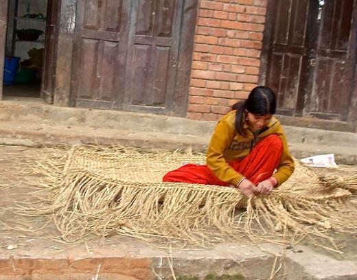 A weaver in Changu