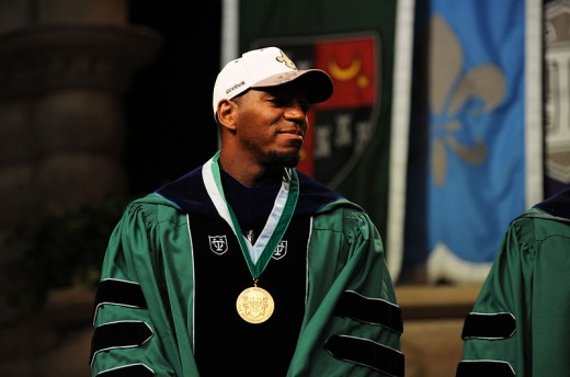 Vilma at Tulane's commencement ceremony in 2010.