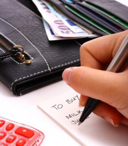Shopping from a list instead of making impulse buys can keep money in your wallet and bank account.