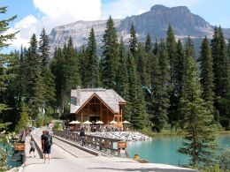 Emerald Lake Chalet, in Yoho Park.