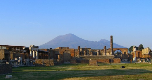 View of vesuvius over the ruins of pompeii [Public Domain]