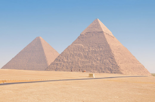 Pyramids of Cheops (left) and Chephren (right) by Ed Yourdon.