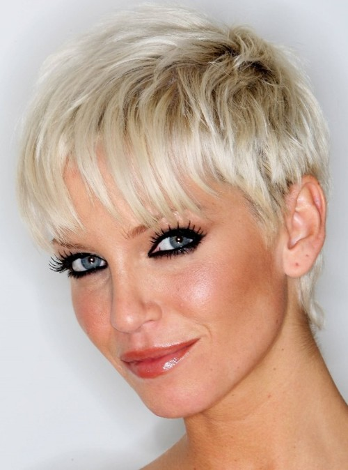 The latest short hairstyles for women hubpages short straight hairstyles click thumbnail to view full size winobraniefo Image collections