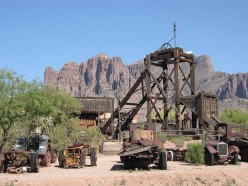 Attractions On the Superstition Freeway