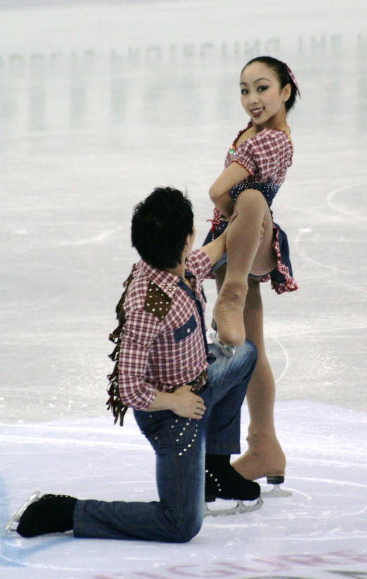 Two-time and reigning Grand Prix Final Bronze medalists Sui Wenjing and Han Cong of China.