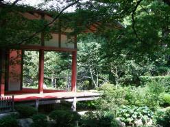 A sub-temple, Ohara (c) A. Harrison