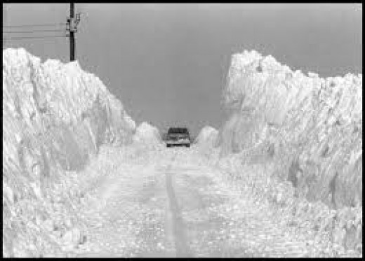 Aftermath of The Great Blizzard of 1978.  This was a common scene all throughout Ohio at that time.