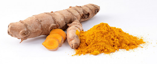 Turmeric is the main spice in curry and is frequently used to flavour and colour curry powder. Tumeric root is widely used to make medicinal products.