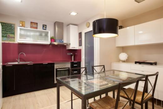 Gorgeous, modern kitchen.