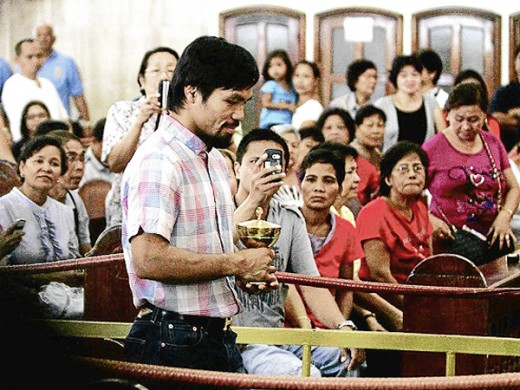 Pacquiao attends Quiapo mass