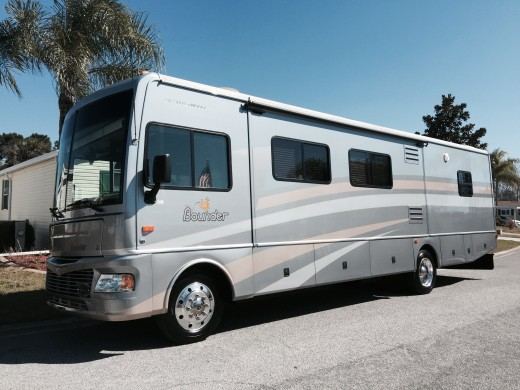 2006 Fleetwood Bounder RV