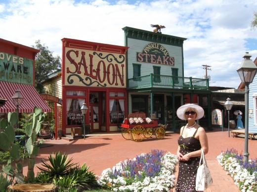 Silver Dollar Saloon and Pinnacle Peak Restaurant in Tucson, AZ