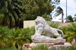 This lion statue at Renmark marks its status as sister city to an Asian city.