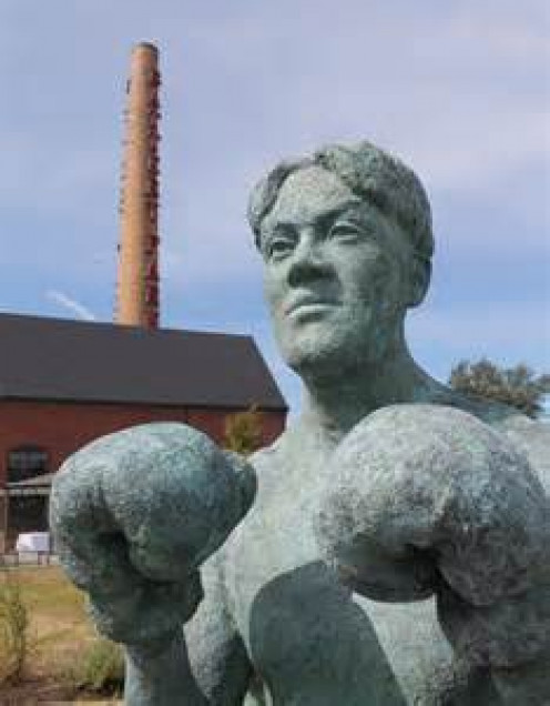 Johnny Kilbane is so famous that he has his own giant concrete statue. Kilbane ruled the featherweight division as champion for longer than anyone in history.