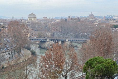 It can be easy to get lost in Rome without a good walking map.