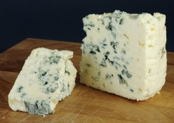 Best Blue Cheese Recipes - Dips, Sauces, Bakes, Pasta, Meat Dishes
