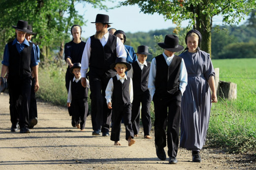 The differences between mennonite and amish