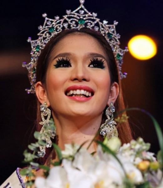 (Miss International Queen 2012)