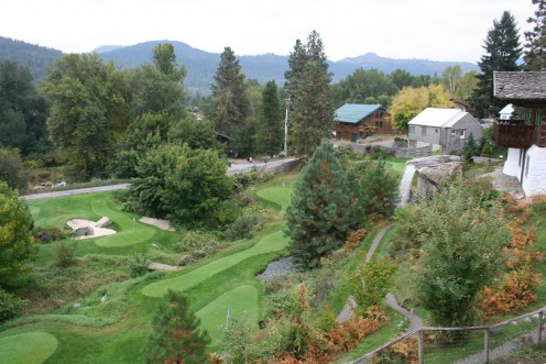 Cute golf course in Leavenworth