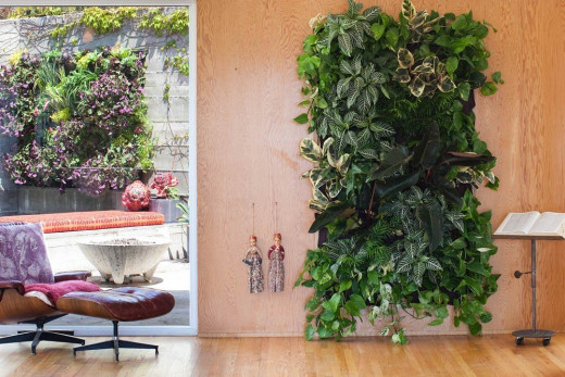 8-pocket Vertical Garden Planter