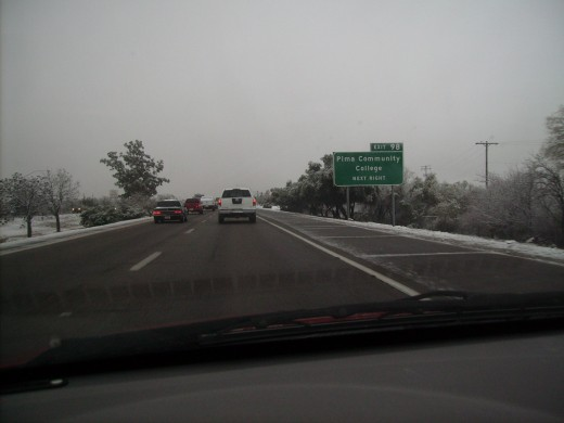 As I headed south on Interstate 19 it was obvious that the south side of Tucson had received more snow that January night.