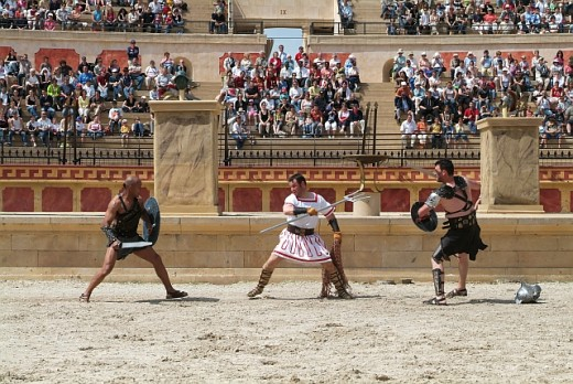 Puy du Fou: gladiators