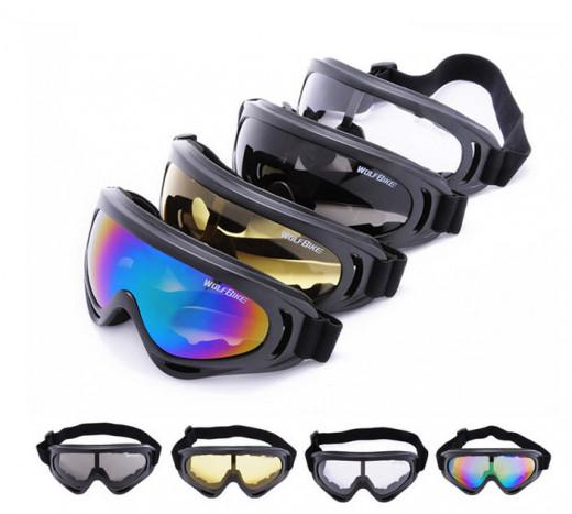 Ski goggles come in all colours