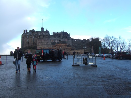 The front of Edinburgh Castle has magnificent views to either side and great photo opportunities.