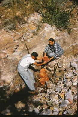 Quarriers harvesting pipestone.