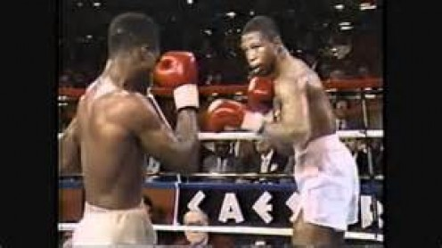 Tyrone Trice (Right) had solid boxing skills and he could fight on the inside when he had too. Trice challenged for world titles two times during his career.