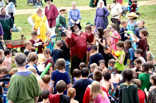 Children can get in on the fun (even if it means getting to attack grownups in a giant (water) battle, at a fort) in the SCA!