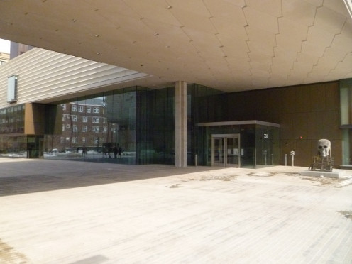 "This is the main entrance of the Chazen building. There is also a second building, which is attached by an inside bridge -- the Elvehjem (pronounced ""LVM"") Building. That gigantic ""skull"" is part of the permanent collection. It's always out there."