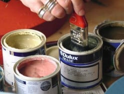 How to Get Oil-Based Paint Out of Your Clothes