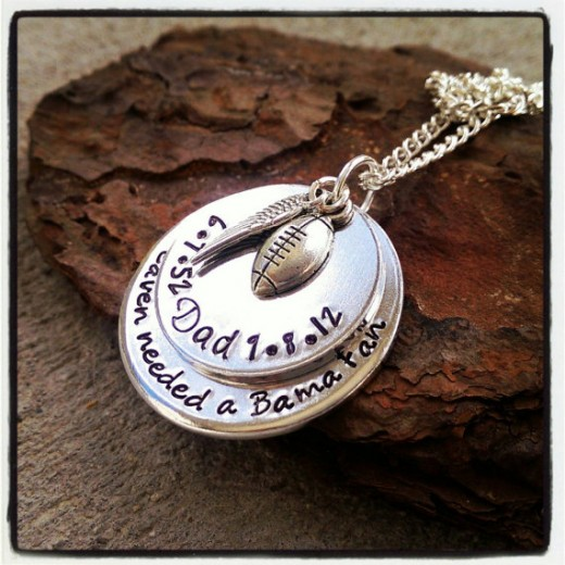 This lovely pendant can be found on SweetAspenJewels Etsy page.