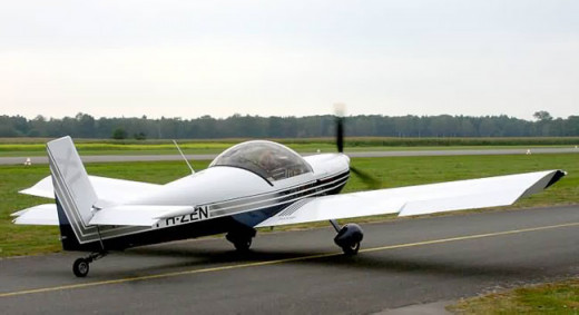 two seat, tail dragger (tail wheel) aircraft