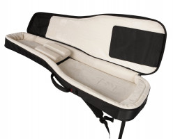 Gig Bag vs Hard Shell Case for Guitar: Which is Better?