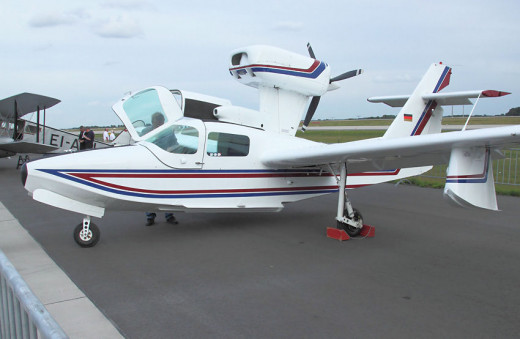 Lake LA-250 Renegade is a six-seat amphibious utility aircraft at an airshow