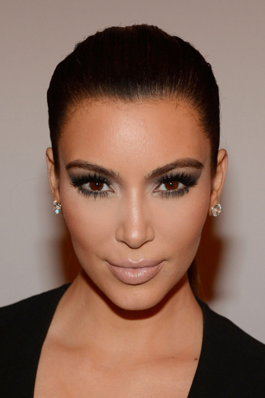 This shows how perfectly Kim Kardashian's skin is contoured and highlighted, making her face seem more defined and slimmer! It highlights her face in all the right areas and makes her look stunning!