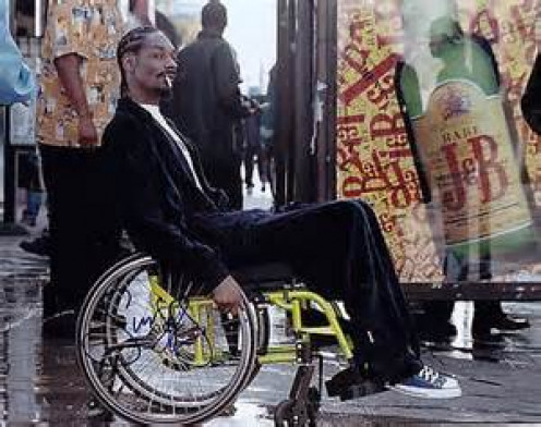 """Snoop Dogg plays as a crack dealer in the movie """"Training Day"""". He smells bacon, as he says, and tries to escape the Police officers."""