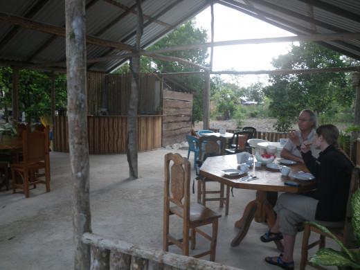 Little outdoor restaurant at Cabanas Calakmul