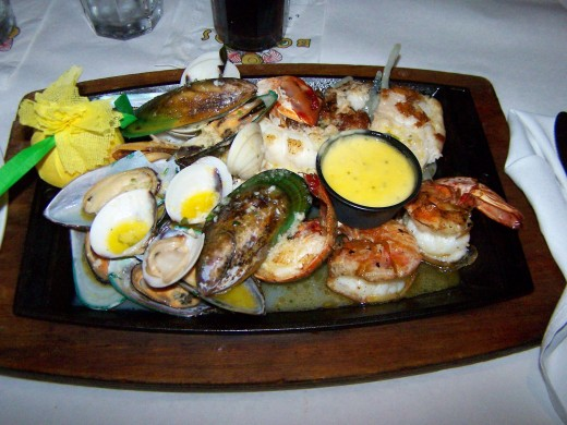 This one is for seafood lover (side plate of rice and fried plantains not shown)