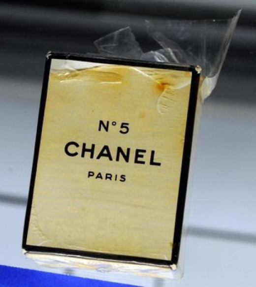 www.examiner.com/ Marilyn Monroe's unopened bottle of perfume Chanel No. 5  that went for $9,375 in June 2010. (Ethan Miller/Getty Images)